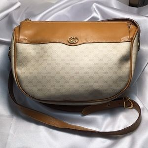 Authentic Vintage Gucci Cream Crossbody Bag GUC